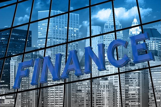 finance na budově.jpg